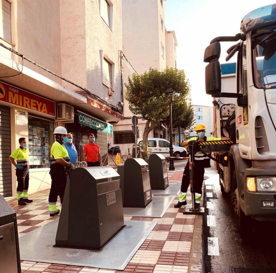 Ayuntamientos Ayuntamientos El Ayuntamiento de Marbella finaliza la instalación de cinco nuevos puntos de islas ecológicas con actuaciones en la avenida de Europa