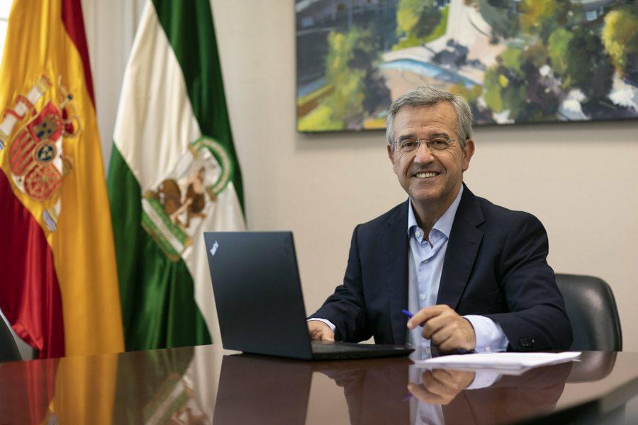 Ayuntamientos Ayuntamientos El Ayuntamiento de Estepona tiene en marcha el programa de Acciones Experimentales para el Empleo para ayudar a las personas en desempleo