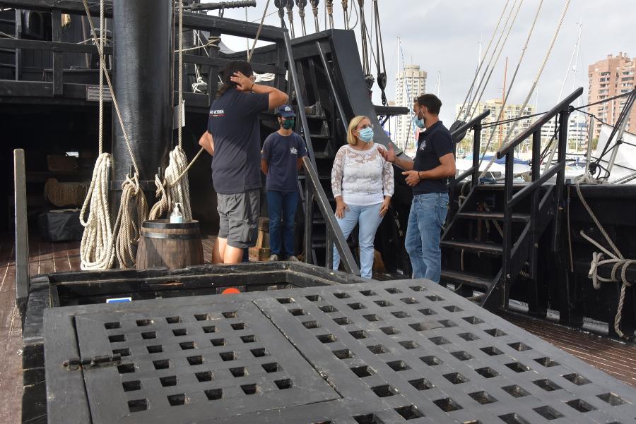 Ayuntamientos Ayuntamientos El Puerto Deportivo de Fuengirola sirve de escala para la Nao Victoria en su viaje con motivo del quinto centenario de la primera vuelta al mundo