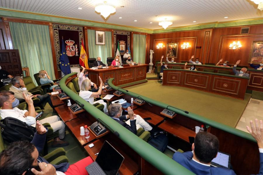 Ayuntamientos Ayuntamientos El Pleno da el visto bueno por unanimidad al primer trámite medioambiental del nuevo Plan General de Marbella