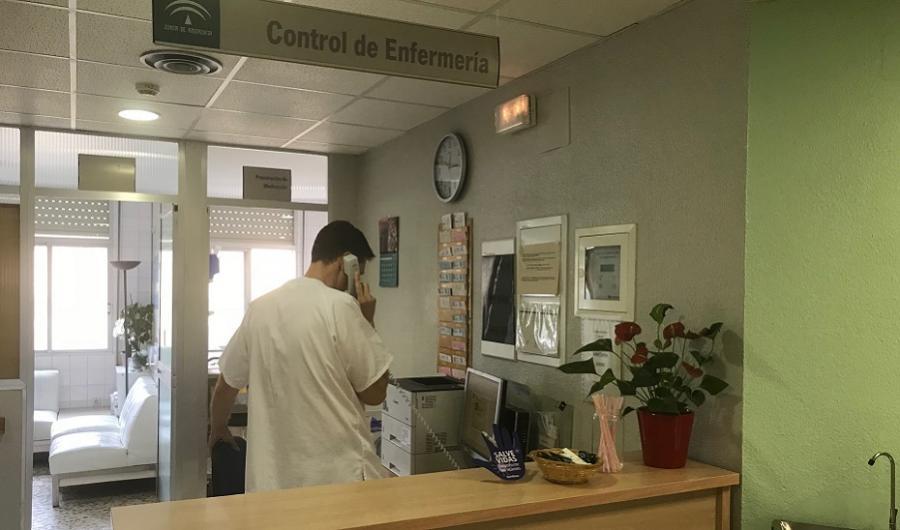 Andalucía Andalucía Salud elabora un plan de contingencia para un escenario previsible de 3.000 ingresos por Covid