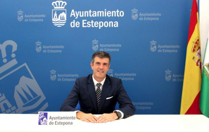 Ayuntamientos Ayuntamientos El Ayuntamiento de Estepona consolida la bajada de impuestos con una reducción acumulada del 20% en el IBI y la tasa de basura para 2021