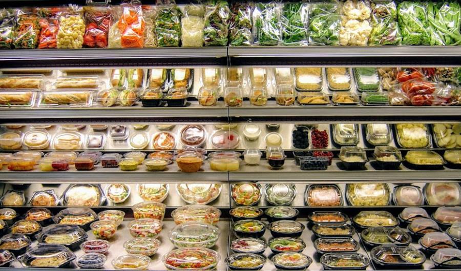 Andalucía Andalucía La etiqueta de la comida preparada debe indicar los ingredientes, el peso y la fecha de caducidad