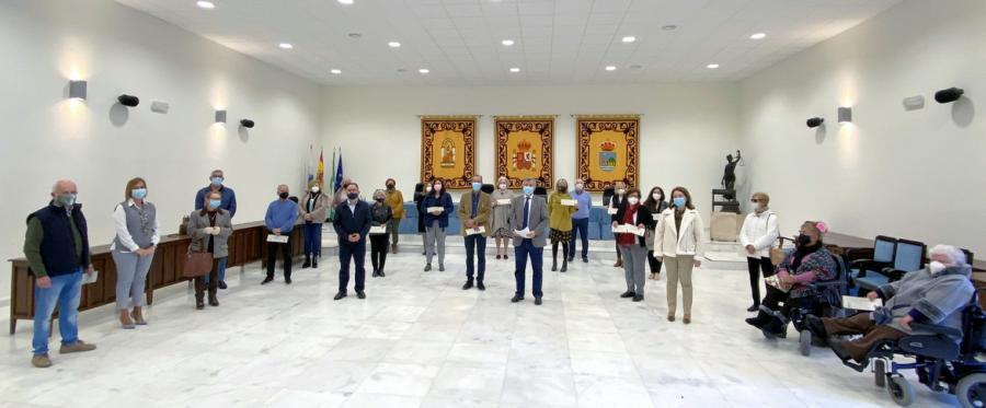 Ayuntamientos Ayuntamientos El Ayuntamiento entrega más de 179.000 euros en ayudas a colectivos sociales que desarrollan su labor en Estepona