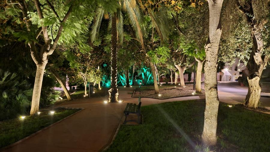 Ayuntamientos Ayuntamientos El Ayuntamiento de Estepona inicia un plan para embellecer monumentos y espacios públicos con iluminación escénica