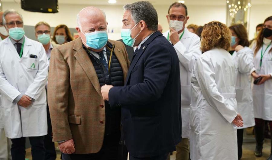 Málaga Málaga El Hospital Virgen de la Victoria de Málaga estrena unidad de Medicina Intensiva y circuito respiratorio