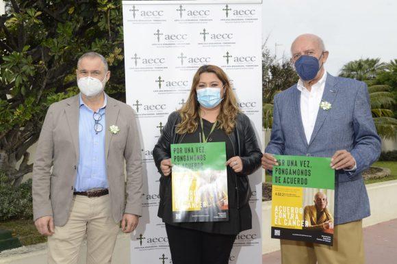 Torremolinos Torremolinos Torremolinos defiende la igualdad de oportunidades de las personas ante el cáncer en su Día Mundial