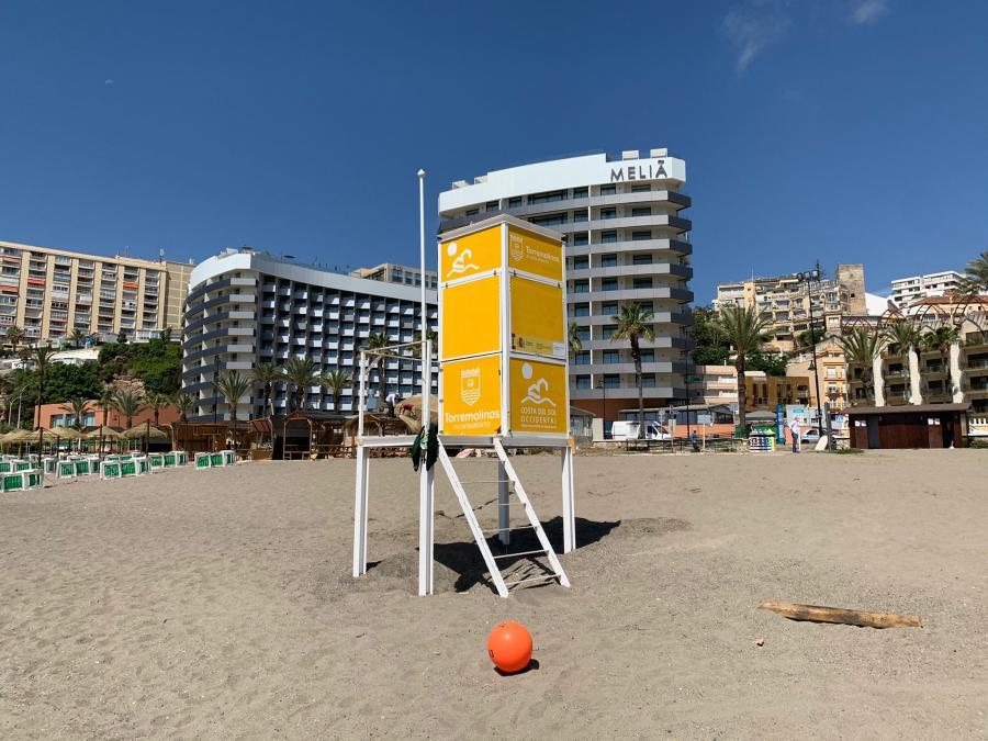 Torremolinos Torremolinos Torremolinos inicia la temporada de baño sin contratar a socorristas y sin activar el dispositivo de seguridad en las playas