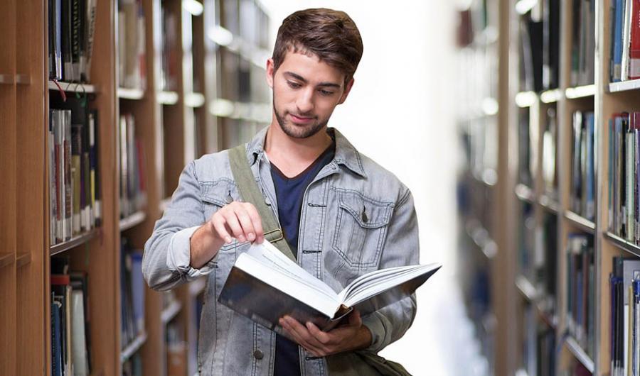 Andalucía Andalucía Andalucía inicia el curso universitario con una oferta de 749 títulos de posgrado y hasta 24.500 plazas