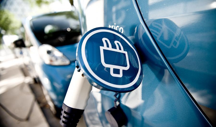 Andalucía Andalucía Andalucía abre la ventanilla para solicitar ayudas para vehículos eléctricos y puntos de recarga