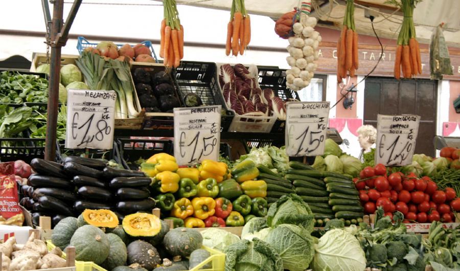 Andalucía Andalucía La campaña andaluza de inspección general de la calidad de alimentos revisa más de 1.200 productos