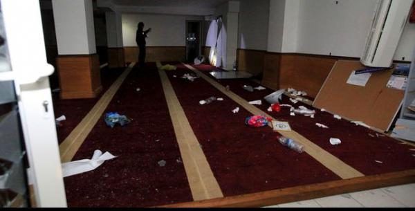 France News France News A Ajaccio, une salle de prière musulmane saccagée par des manifestants