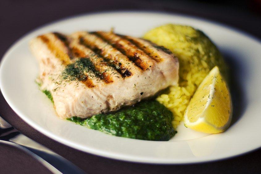 Recetas Recetas Secretos para el mejor salmón cocido a fuego lento